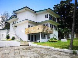 Location villa 30 pièces - Cocody Danga