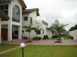 Vente villa 8 pièces -  Cocody golf 4