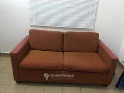 Canapé - lit 2 places importé