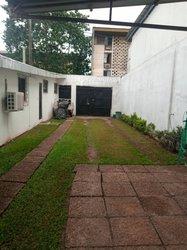 Vente Villa basse 4 pièces 313 m² - Cocody cité des arts
