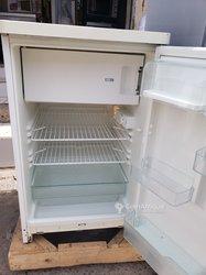 Réfrigérateurs bars avec chambre froide