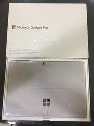 Ordinateur Surface Pro 6 i5