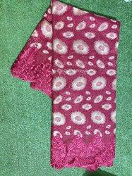 Tissu brodé - paquet