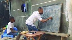 Maître d'études répétiteur de maison