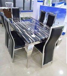 Table à manger / 6 chaises