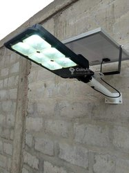 Lampadaire solaire 100w - 200w