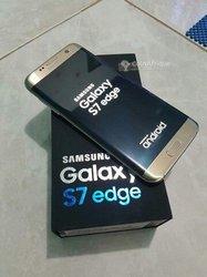 Samsung Galaxy S7 edge - 32Go 4Go