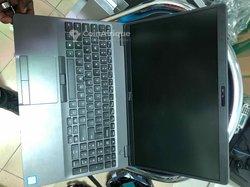 PC Dell Latitude 5500 i5 15.6 pouces