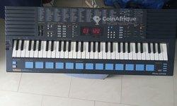 Piano Yamaha PSS-680