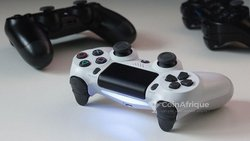 Manettes PlayStation 4
