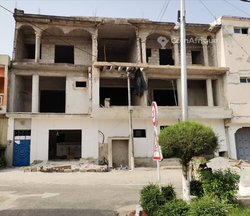 Vente immeuble R+2 - Faya