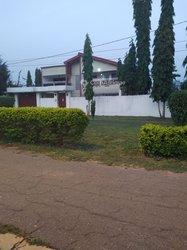 Vente villa duplex - Yamoussoukro Millionnaire