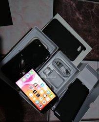iPhone 8 Simple