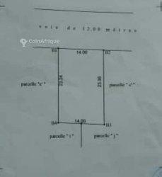 Terrain 400 m2 - Fidjrosse