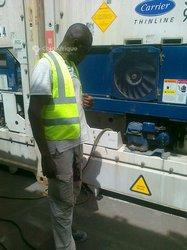 Réparateur de machines à laver
