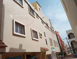 Vente immeuble R+2 - Guédiawaye hamo 4