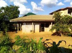 Vente villa 3 pièces - Yaoundé Odza