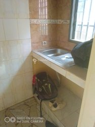 Location chambre 3 pièces - Yaoundé