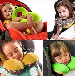 Cale cou de voyage pour enfant