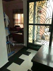 Vente villa duplex 9 pièces - Biteng