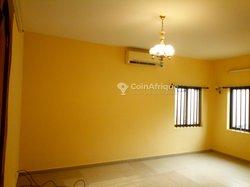 Location Appartement 3 pièces - Casse Auto