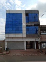 Location Bureaux & commerces R+2 - Lomé