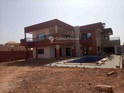 Location villa duplex 7 pièces - Ouaga 2000 Zone A