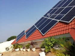 Techniciens panneau solaire