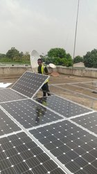 Technicien en installation solaire