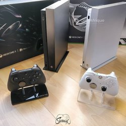 Console de jeux  Xbox One X
