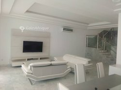 Location Villa duplex meublée - Hediranawoe Tingua
