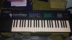 Piano Yamaha PSR 16