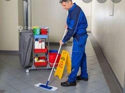 Service d'entretien et de nettoyage