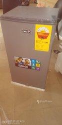 Réfrigérateur Néon de 93 litres