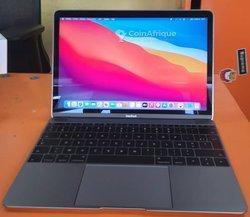 MacBook Retina Core m3 2017