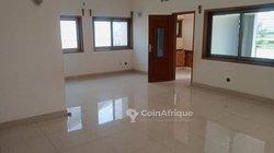 Location appartement   entrée personnelle  à Fidjrossè