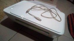 Imprimante à couleur HP Deskjet 2130