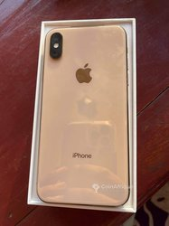 iPhone Xs - 64go