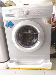 Machine à laver Nasco