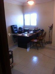 Location bureaux & commerces 15  - Patte d'oie