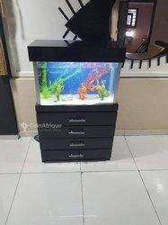 Aquarium ménagère - 4 étagères