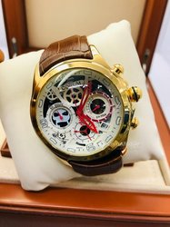 Montre Corum