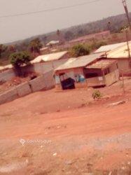Vente Terrain 500 m² - Yaoundé Nkometou