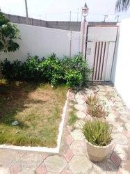 Location villa duplex  4 pièces avec jardin à Fidjrossè