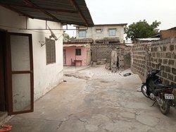 Vente Maison locative 372 m² - Akpakpa Kpondéhou