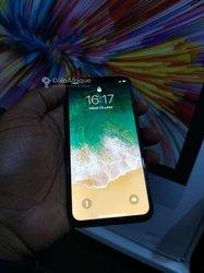 iPhone X CE - 64Go