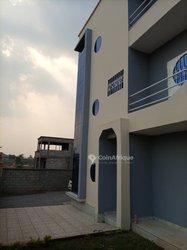 Vente Villa triplex 8 pièces - Yaoundé