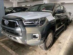 Toyota Hilux V6 2016