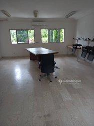 Location bureaux & commerces 1000  - Abidjan