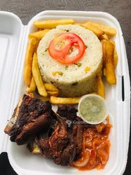 Riz - frites - viande de mouton ou aileron